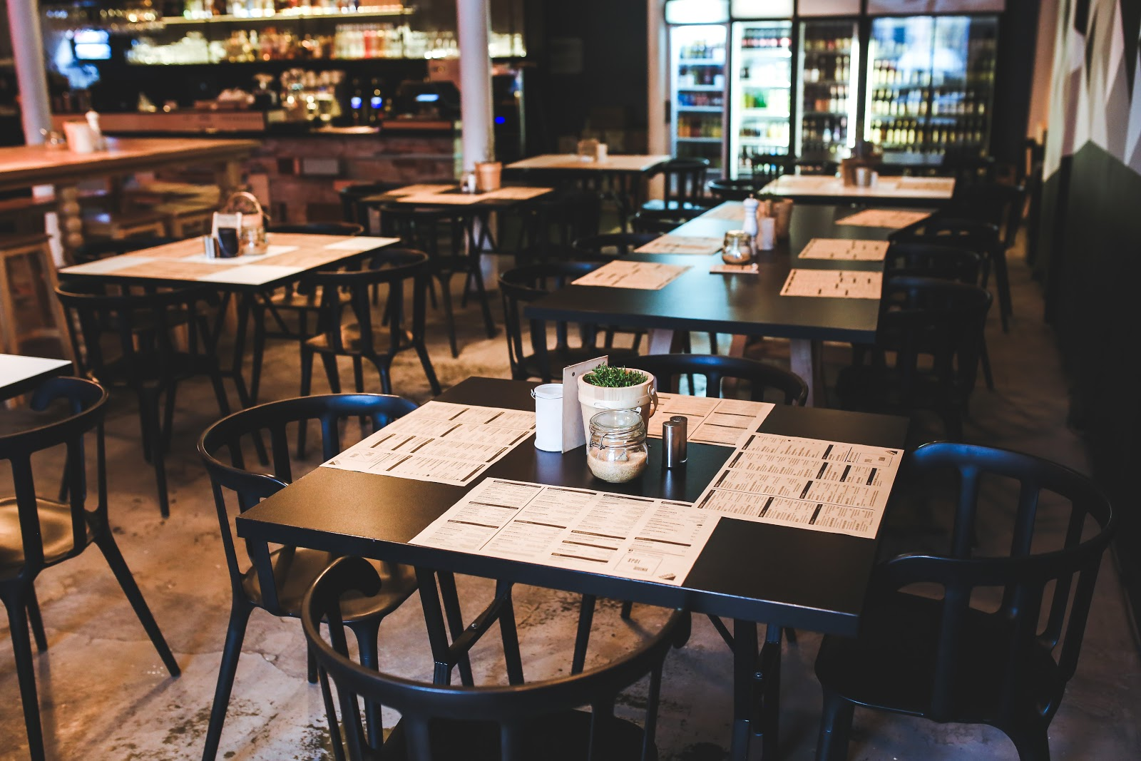Essential Updates For Restaurant Businesses Following COVID-19