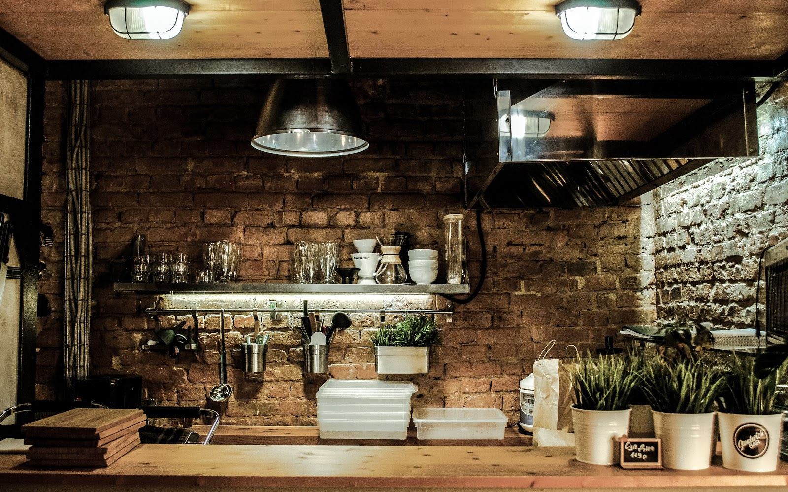 The Pros And Cons Of Dark Kitchens